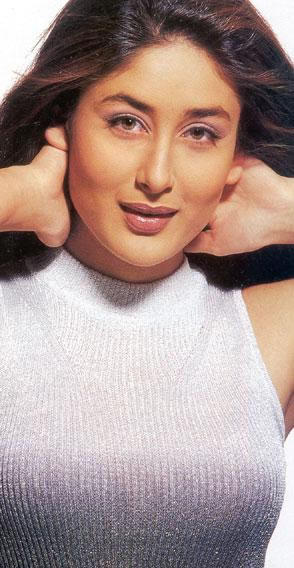 Kareena Kapoor Attractive Sweet Face Still