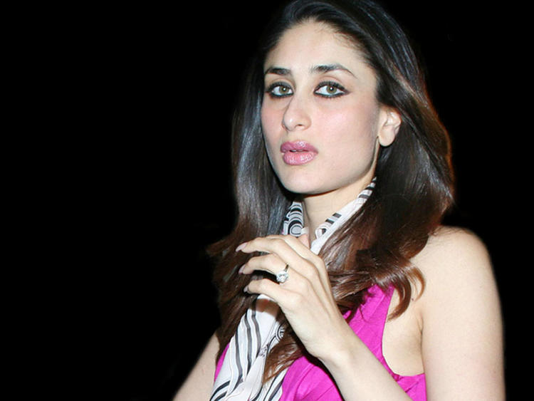 Kareena Kapoor Fairy Face Look Still