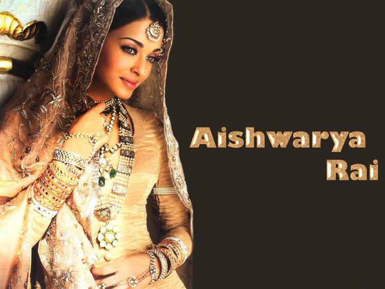 Aishwarya Rai Bridal Dress Awesome Wallpaper