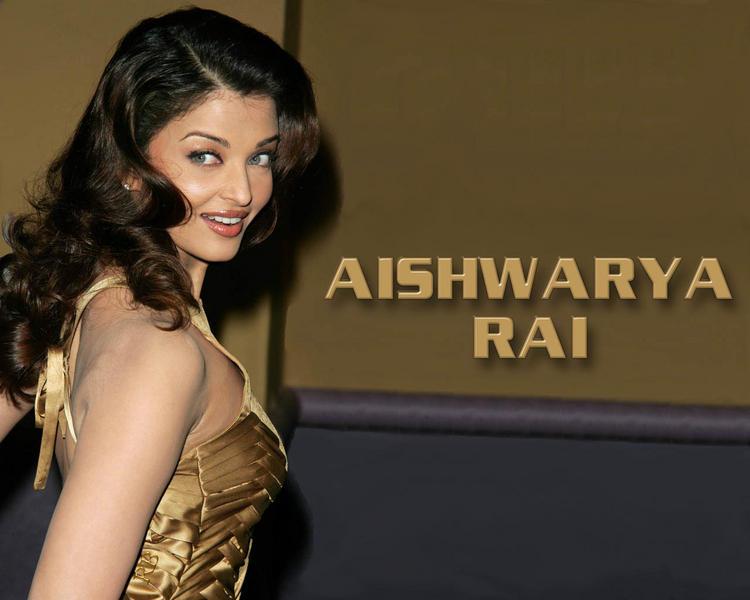 Aishwarya Rai Sweet Look Wallpaper
