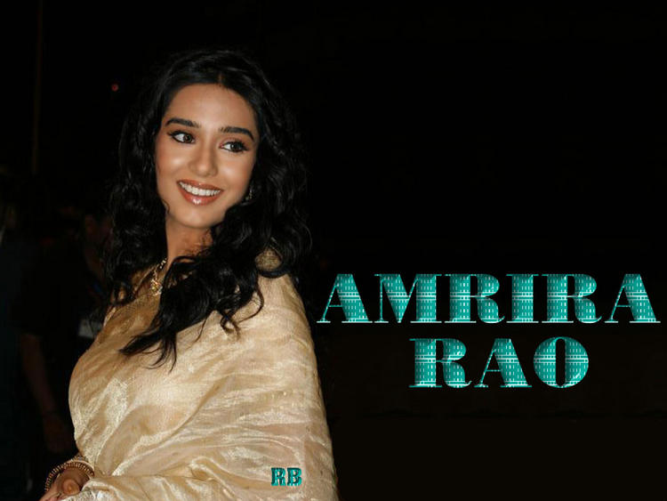 Amrita Rao Cute Smiling Wallpaper