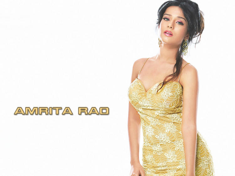 Amrita Rao Dazzling Face Look Wallpaper