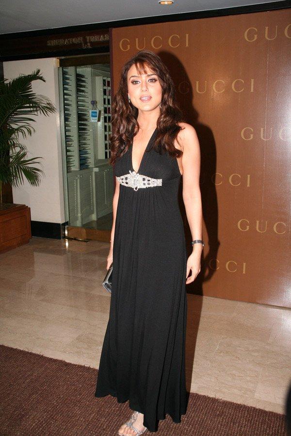 Preity Zinta Black Dress Glorious Pic