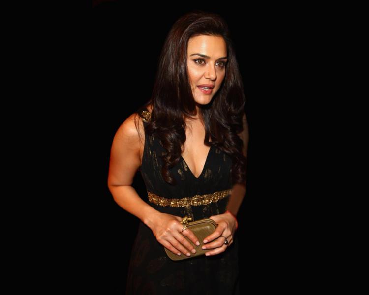 Preity Zinta Hot Gorgeous Wallpaper