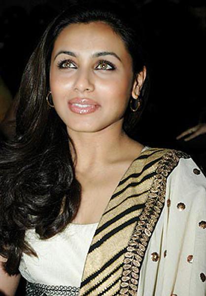 Rani Mukherjee Pink Lips Cute Still