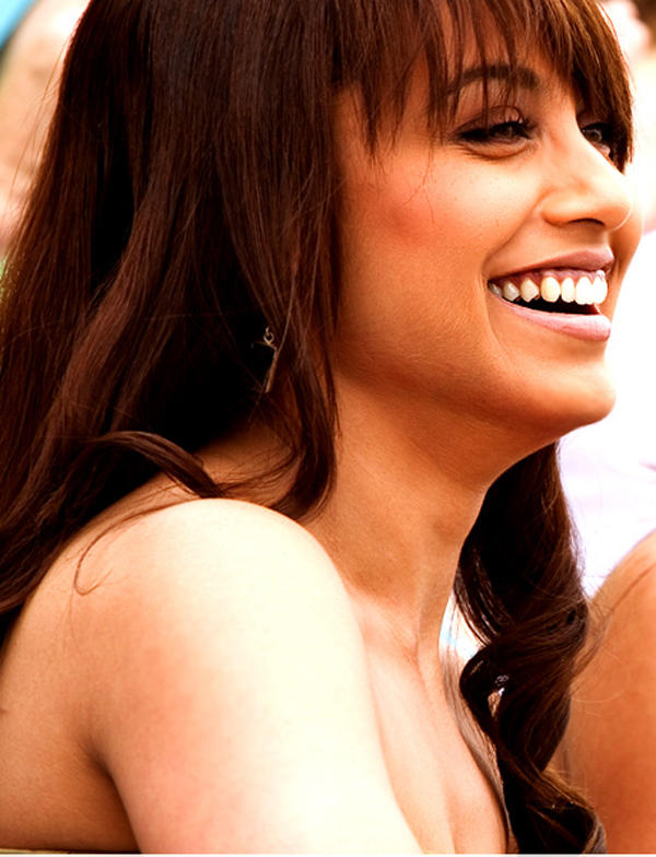 Rani Mukherjee Smiling face Still In Tara Rum Pum