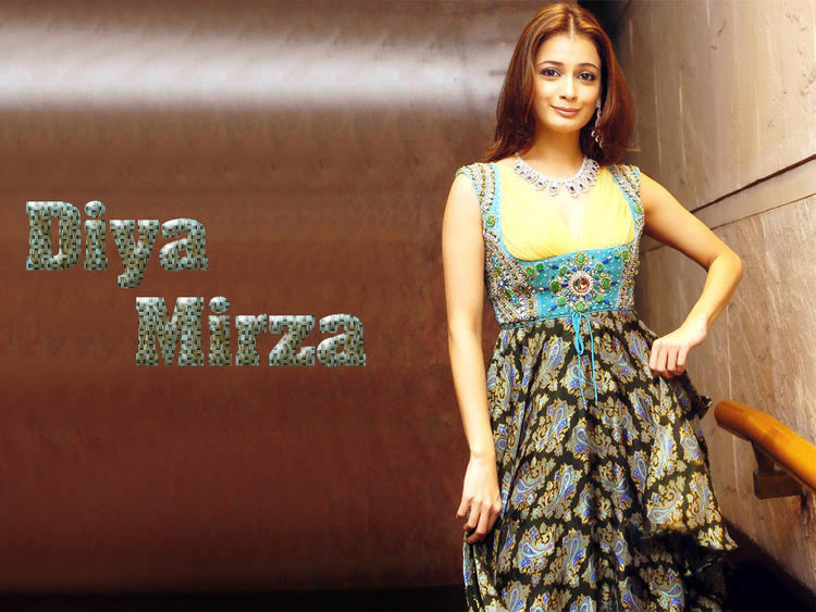 Diya Mirza Gorgeous Look Wallpaper