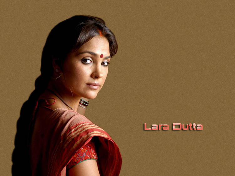 Lara Dutta Simple Look Wallpaper