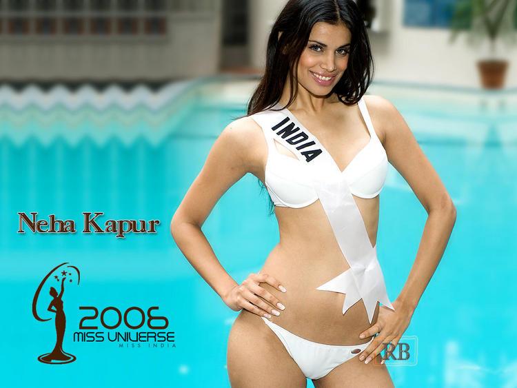 Former Beauty Queen Neha Kapur Wallpaper