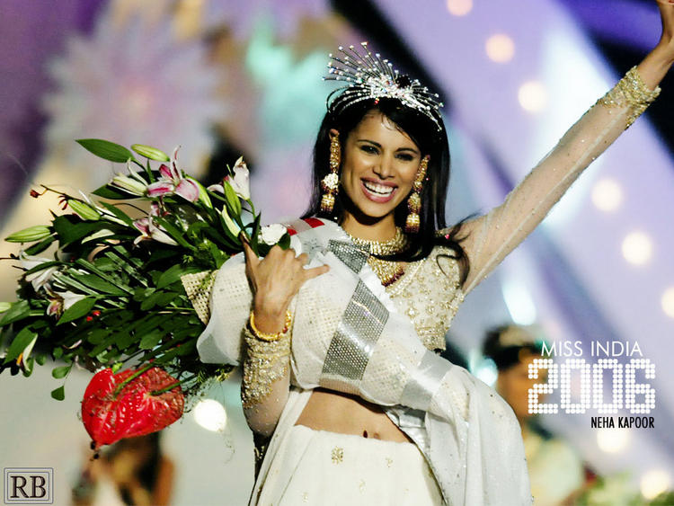Neha Kapur Latest Still With Bouquet