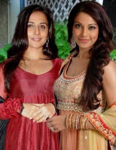 Vidya Balan and Bipasha Basu Poses To Photo Shoot