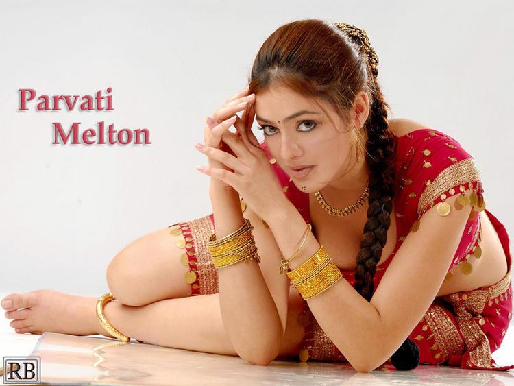 Parvathi Melton Bold Wallpaper