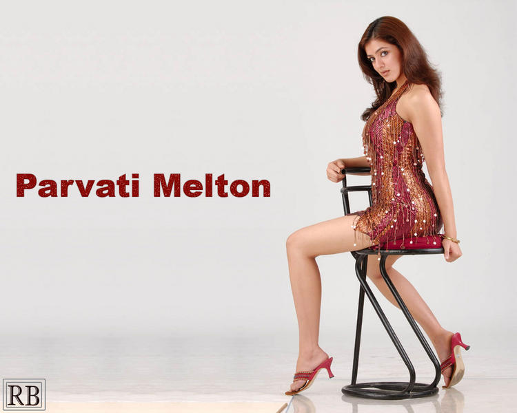 Parvathi Melton Busty thighs Show Wallpaper