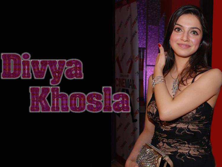 Divya Khosla Nice And Cool Wallpaper