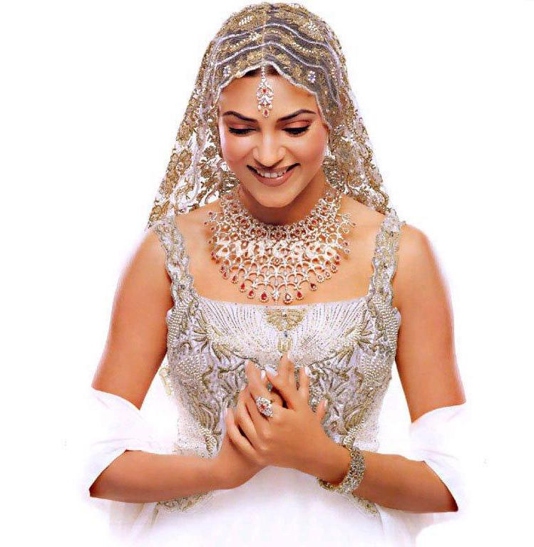 Sushmita Sen Looking So Beautiful In Bridal Dress