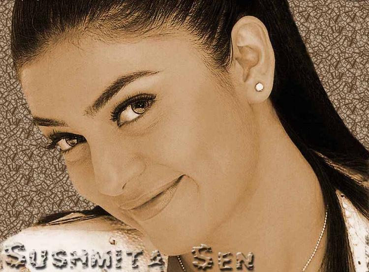 Sushmita Sen Looking Very Cute