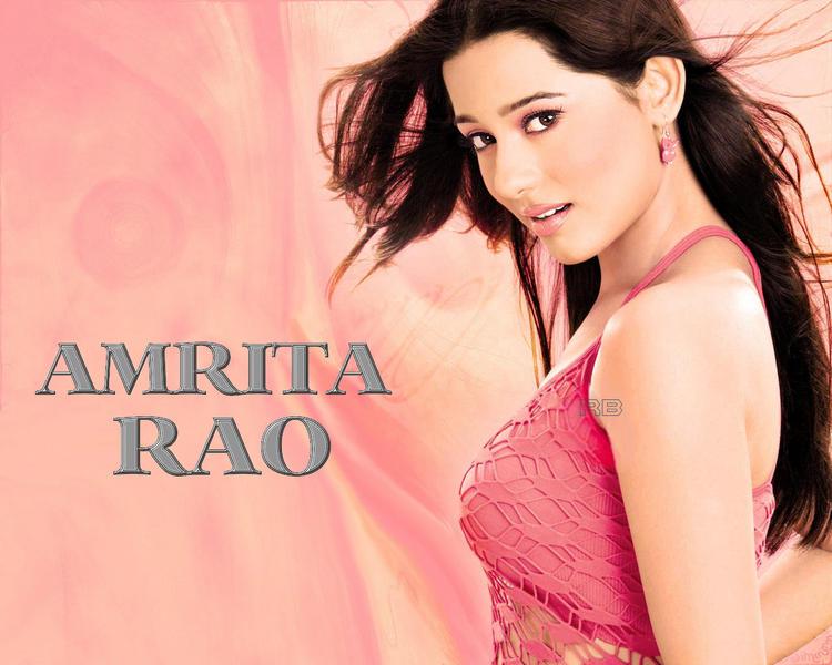 Glowing Babe Amrita Rao Wallpaper