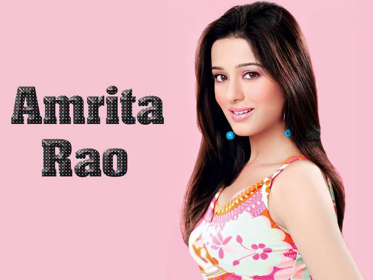 Simple Babe Amrita Rao Attractive Look Wallpaper