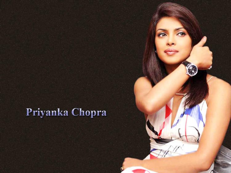 Priyanka Chopra Dazzling Beauty Look Wallpaper