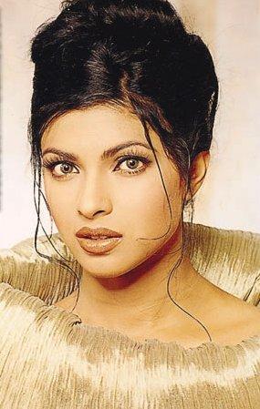Priyanka Chopra Hot Romancing Face Still