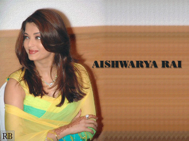 Aishwarya Rai Simple Look Wallpaper