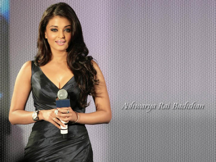 Aishwarya Rai Tight Black Dress Wallpaper