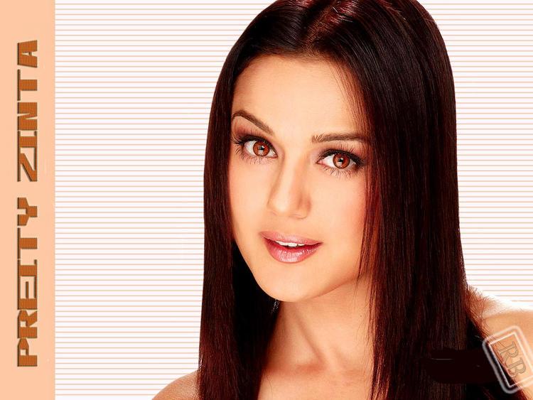 Preity Zinta Cute Look Wallpaper