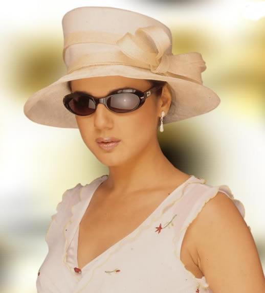 Preity Zinta Stylist Look Wallpaper