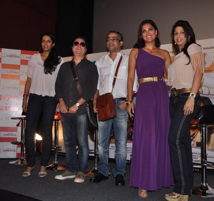 Lara Dutta Vinay Pathak Chalo Dilli Movie Audio Launch Stills