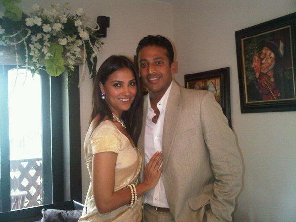 Mahesh Bhupthi And Lara Dutta Cool And Nice Pics