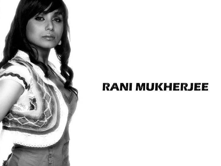 Rani Mukherjee Curly Hair Style Wallpaper