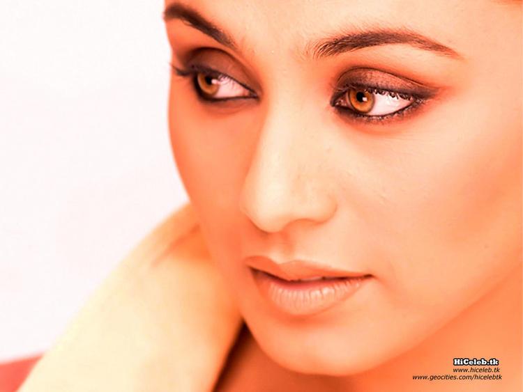 Rani Mukherjee Hot Glazing Eyes Still