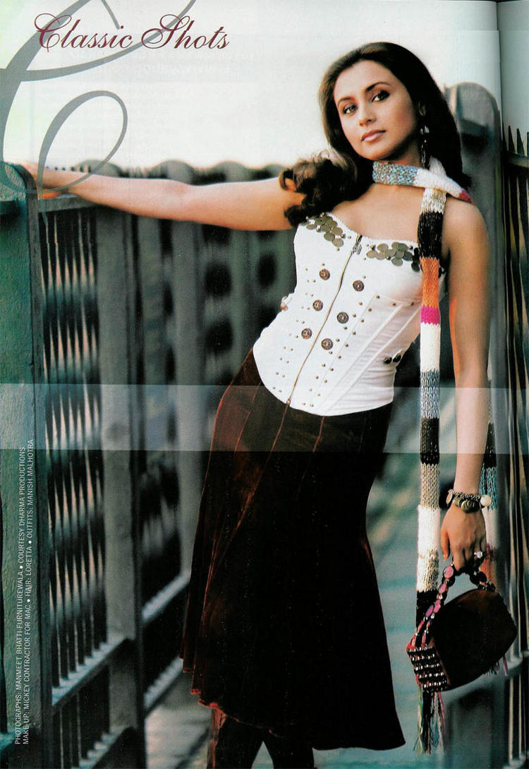 Rani Mukherjee Sizzling Sexy Wallpaper