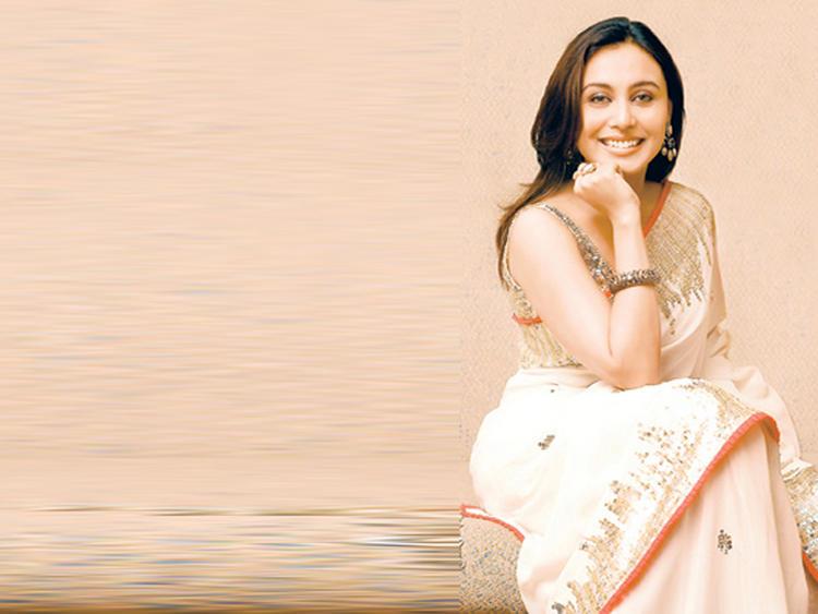 Rani Mukherjee Sweet Pose For Photo Shoot