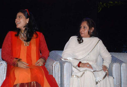 Kajol Devgan and Jaya Photo