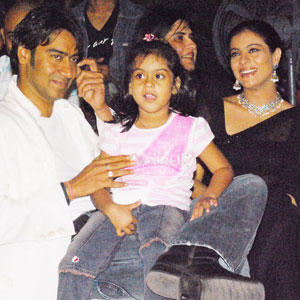 Kajol Devgan With Family