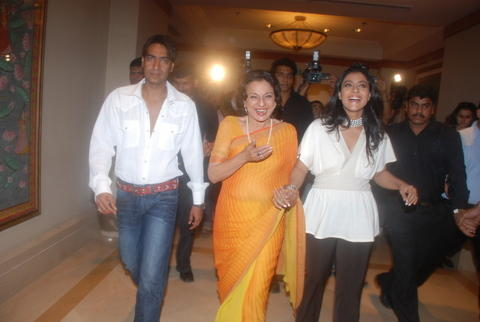Kajol Devgan,Ajay and Tanuja Latest Still
