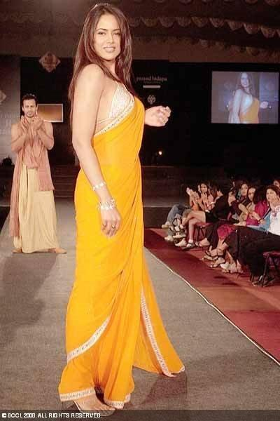Sameera Reddy In Yellow Saree Sexy Pics
