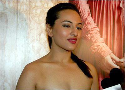 Sonakshi Sinha Hot Scene Bold Pic