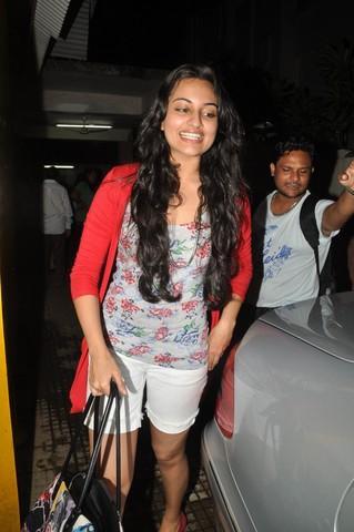 Sonakshi Sinha Long Curly Hair Glamour Still