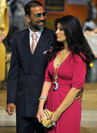 Twinkle Khanna And Akshay Kumar Latest Pics