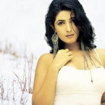 Twinkle Khanna Glamour Look Wallpaper