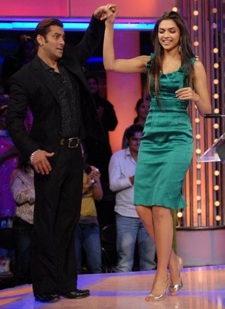 Deepika Padukone and Salman Dance Still
