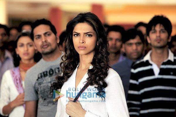 Deepika Padukone Latest Still In Aarakshan Movie