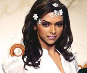 Deepika Padukone Nice Look Still