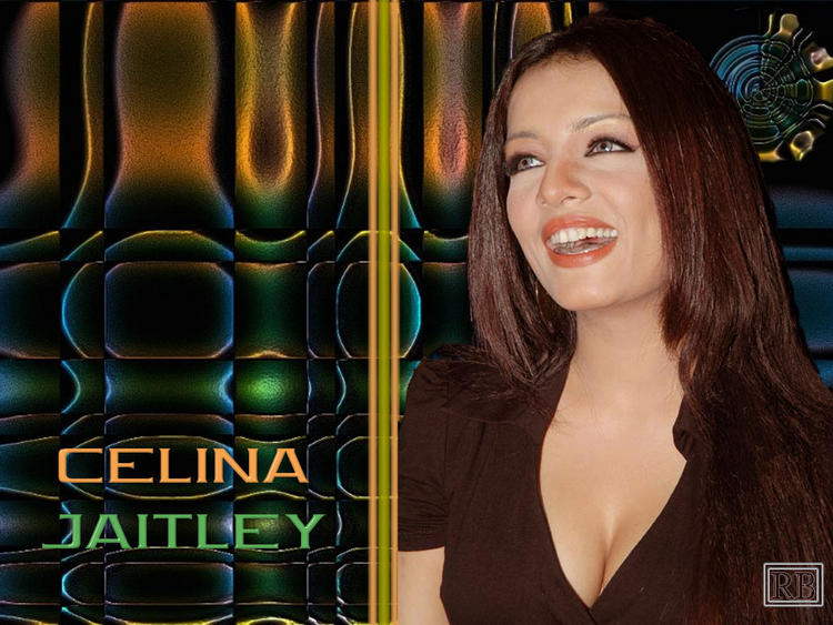 Celina Jaitley Open Smile Pose Wallpaper