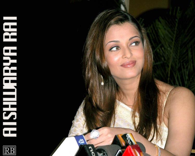 Aishwarya Rai at Press Meet Still