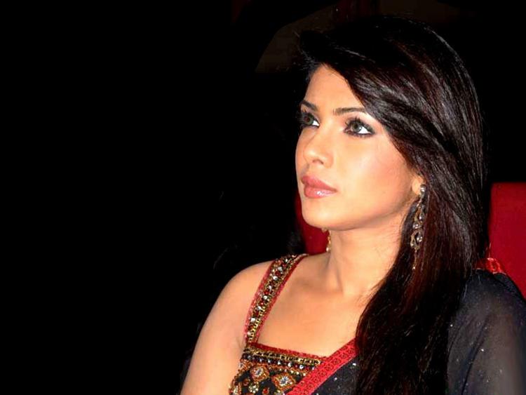 Priyanka Chopra Gorgeous Face Still