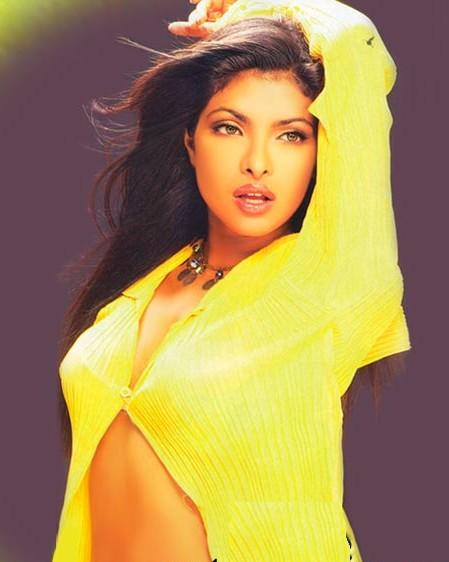 Priyanka Chopra Sexiest Wallpaper