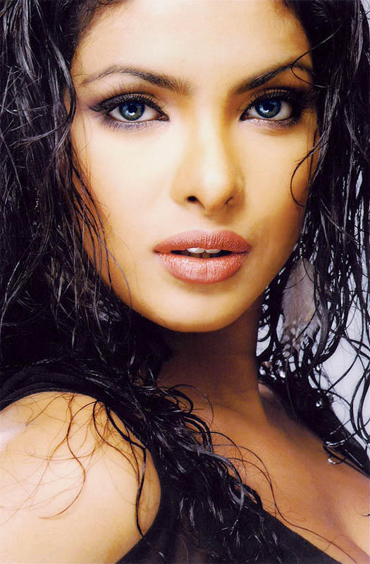 Priyanka Chopra Wet Face Look Still